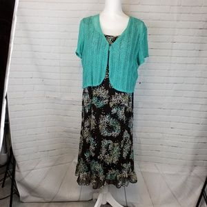 Studio 1 straight dress with green sweater 12